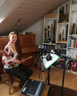 Digitaler Blockflöten Unterricht mit Hannah Beate König